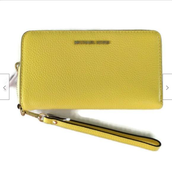 MICHAEL Michael Kors Handbags - Michael Kors leather smartphone wristlet wallet